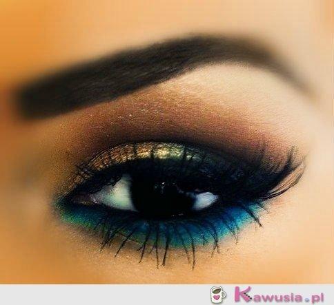 Cudownie pomalowane oko