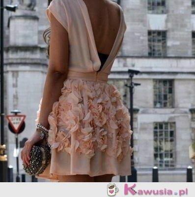 Prześliczna sukieneczka