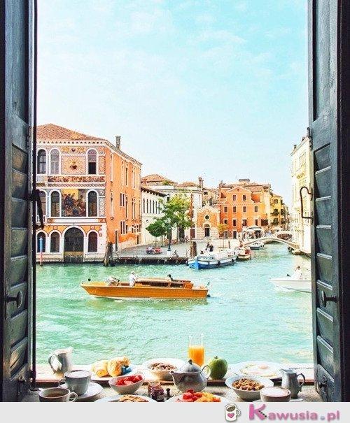 Śniadanie w Wenecji