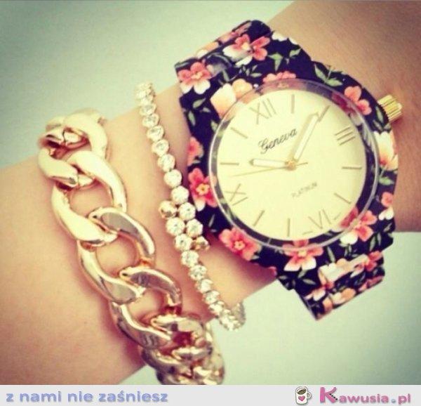 Piękny zegarek i bransoletki