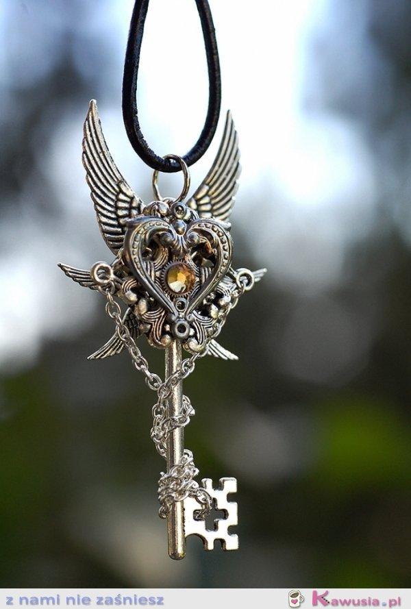Srebrny kluczyk