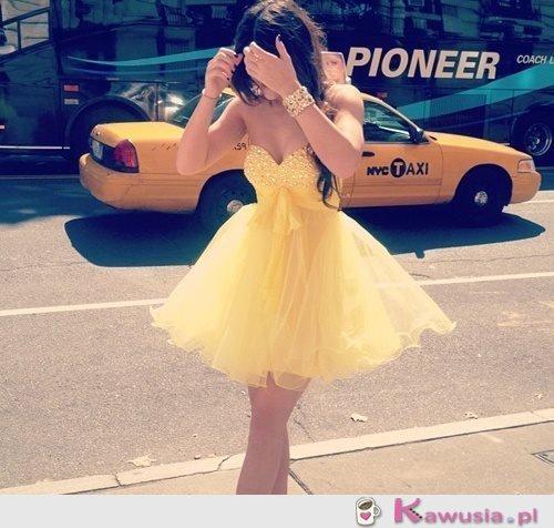Boska żółta sukienka