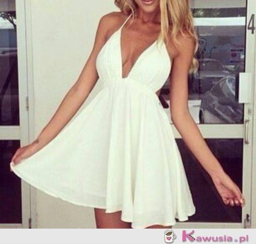 Sexi biała sukienka