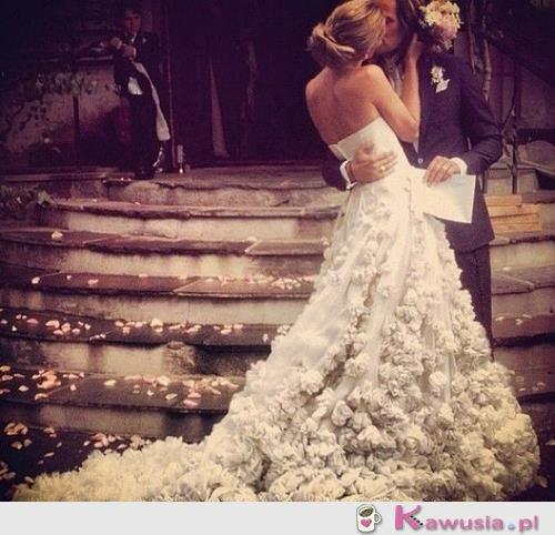 Co za suknia ślubna