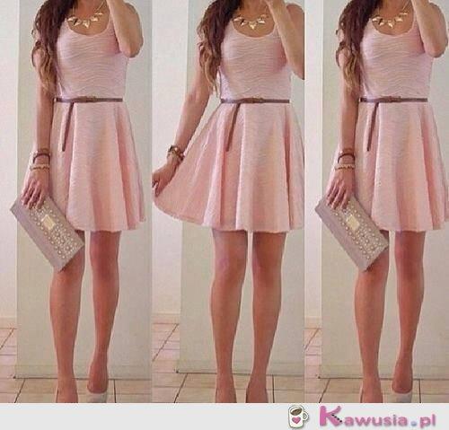Genialna pudrowa sukienka