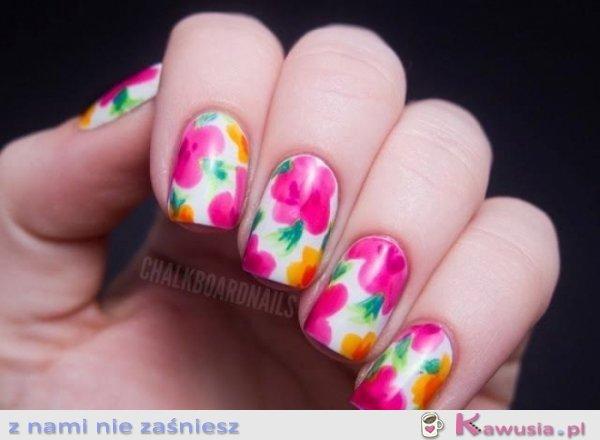 Paznokcie w kwiatki