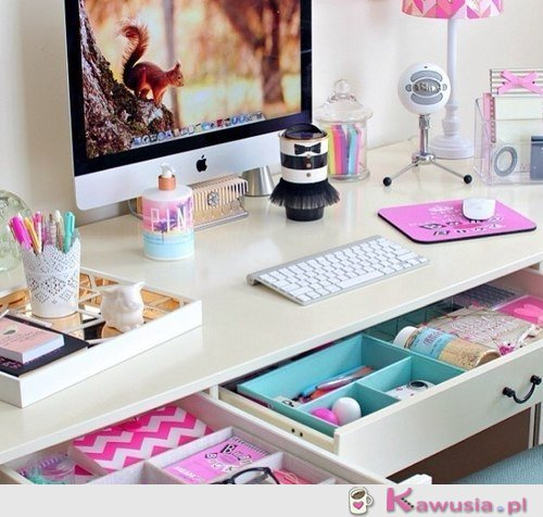 Śliczne biurko