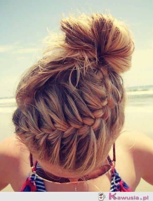 świetna fryzura
