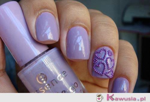 Piękne fioletowe paznokcie