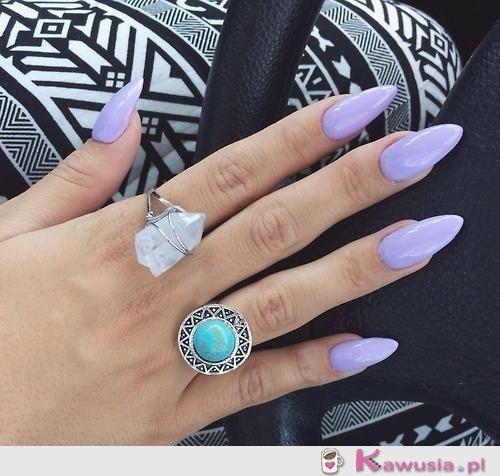 Liliowe migdałki